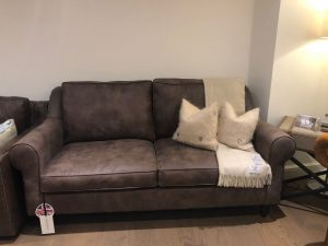 Distinctive Chesterfields Clapham Chesterfield Sofa
