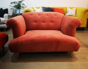 Distinctive Chesterfields Vera Loveseat Sofa