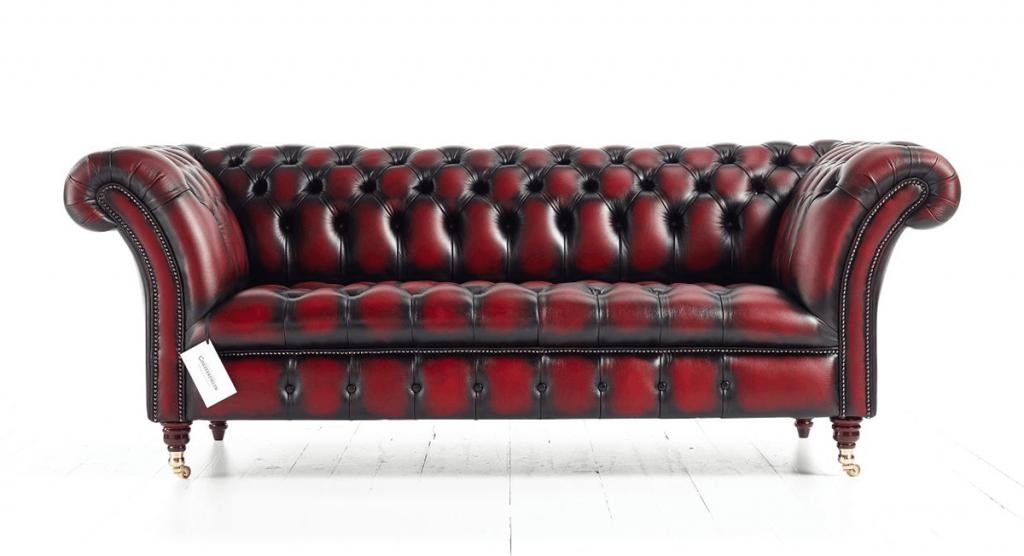 Distinctive Chesterfields Blenheim Chesterfield Sofa