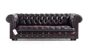 Distinctive Chesterfields Windsor Chesterfield Sofa